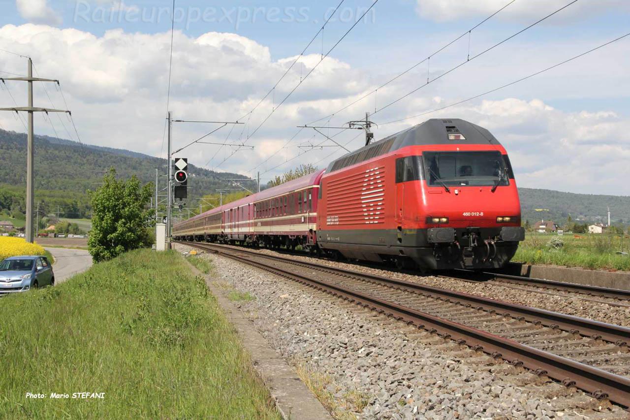 Re 460 012-8 CFF à Boudry (CH)