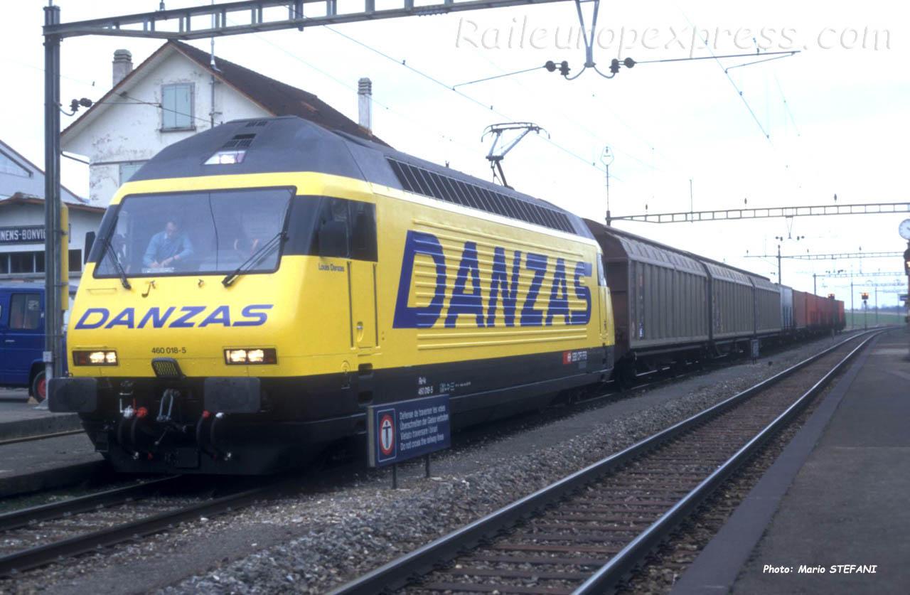 Re 460 018-5 CFF à Onnens (CH)