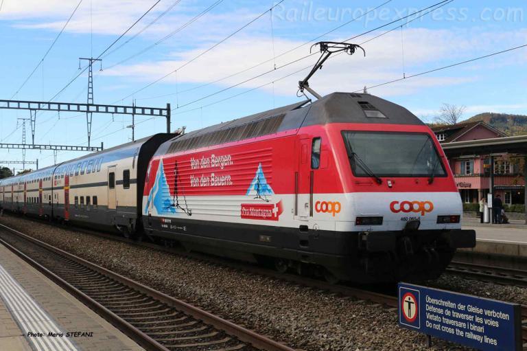 Re 460 065-6 CFF à Sissach (CH)