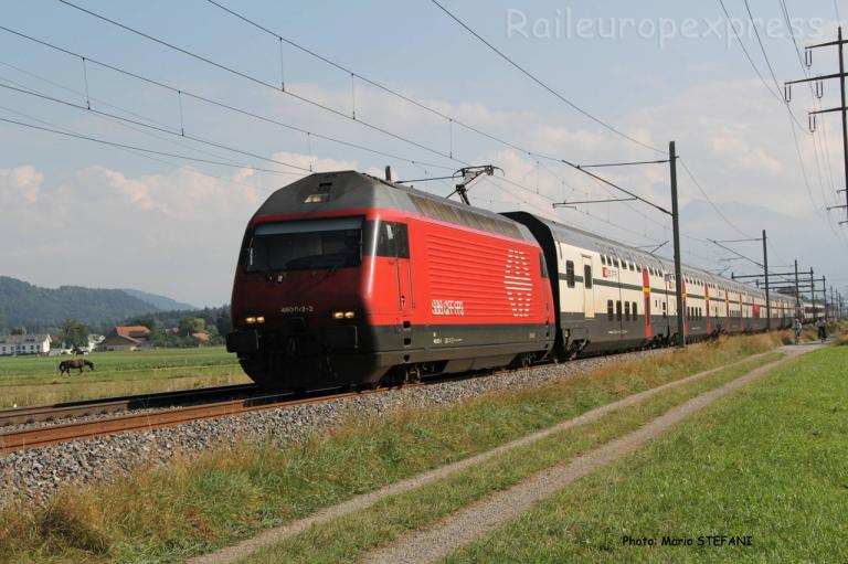 Re 460 072-2 CFF à Kiesen (CH)