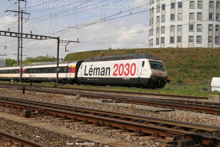 Re 460 075-5 CFF à Pratteln (CH)