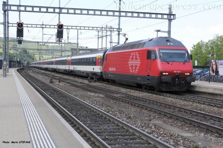 Re 460 100-1 CFF à Liestal (CH)