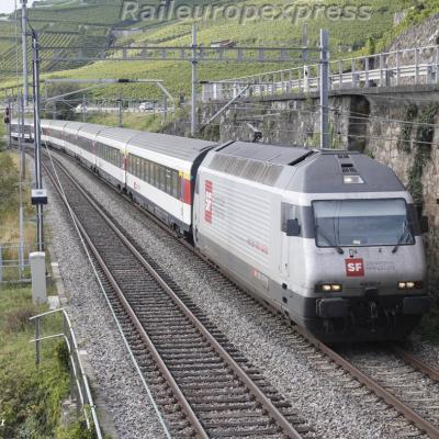 Re 460 107-6 CFF à Saint Saphorin