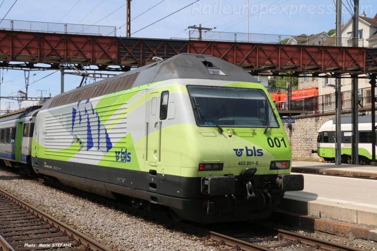 Re 465 001-6 BLS à  Neuchâtel (CH)