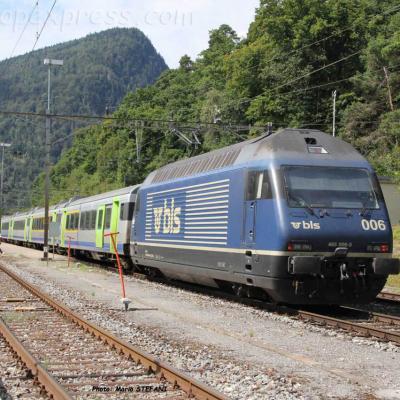 Re 465 006-5 BLS à Chambrelien (CH)