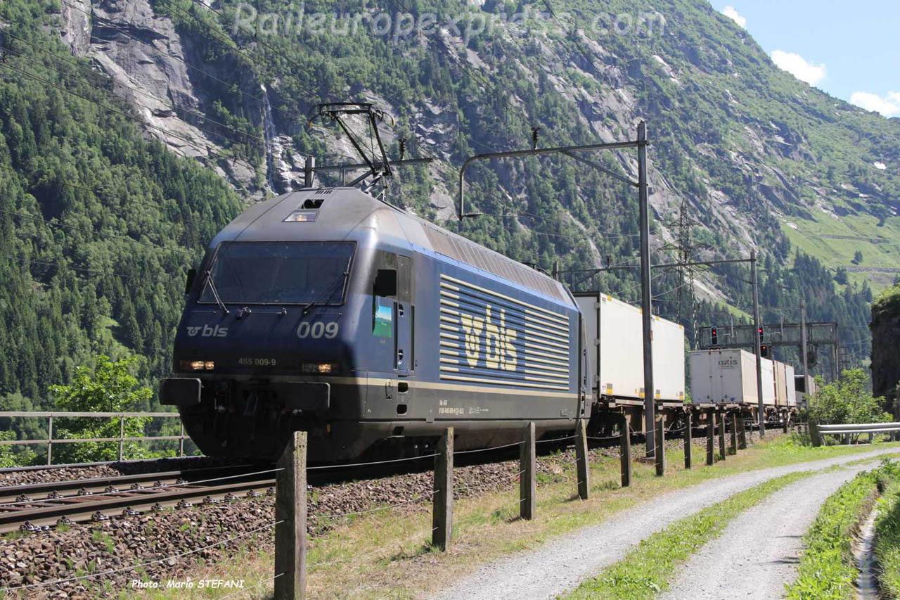 Re 465 009-9 BLS à Göschenen (CH)