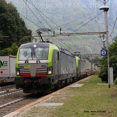 Re 475 045 BLS à Varzo (I)