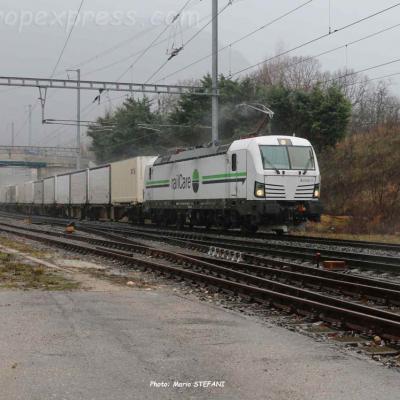 Re 476 451 RLC à Boudry (CH)