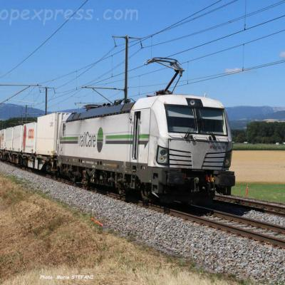 Re 476 451 RLC à Ependes (CH)