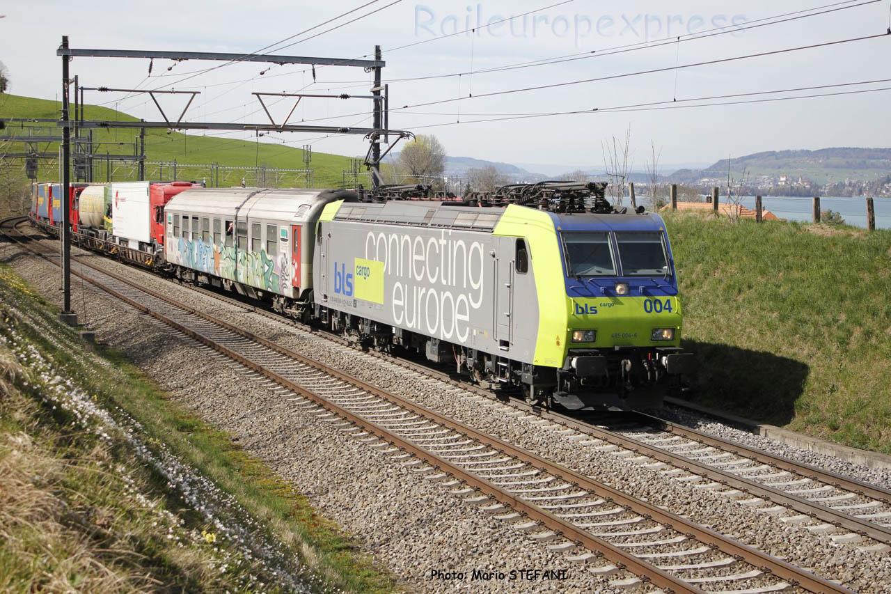 Re 485 004-6 BLS à Kumm (CH)