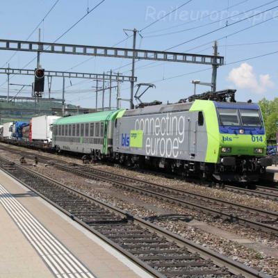 Re 485 014 BLS à Liestal (CH)