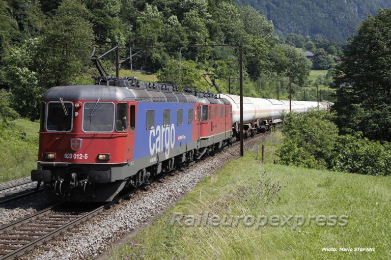Re 620 012-5 CFF à Erstfeld