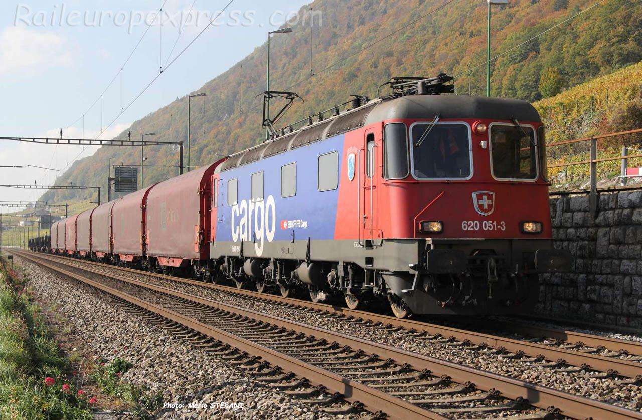Re 620 051-3 CFF à Ligerz (CH)