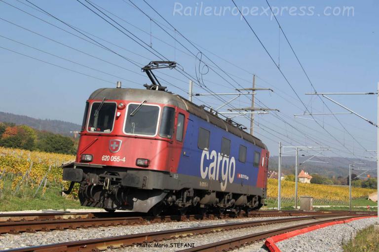 Re 620 055-4 CFF à Boudry (CH)