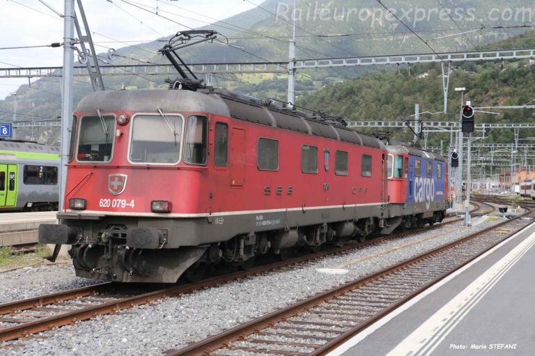 Re 620 079-4 CFF à Brig (CH)