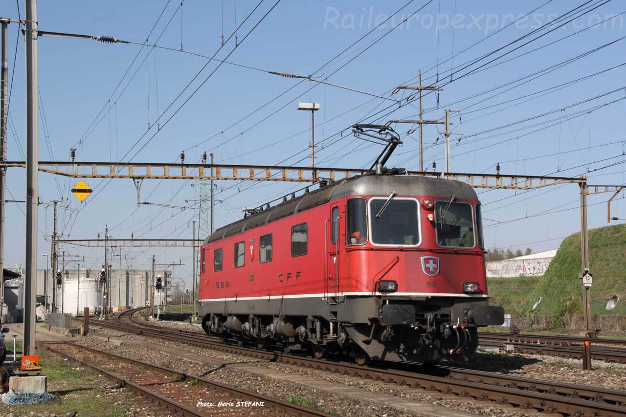 Re 6/6 11624 CFF à Prattlen (CH)