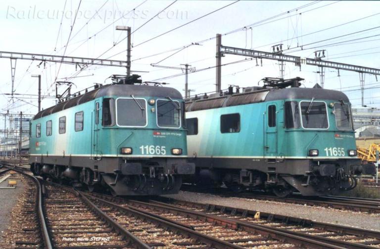 Re 6/6 11665 et 55 CFF à Basel (CH)
