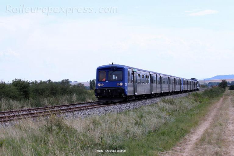 RRR 26 SNCF au Breuil sur Couze (F-63)