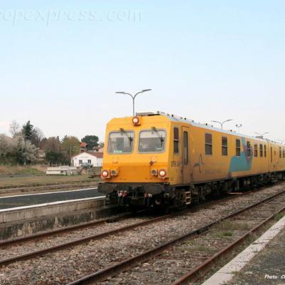 Train UFM 160 à Brioude (F-43)