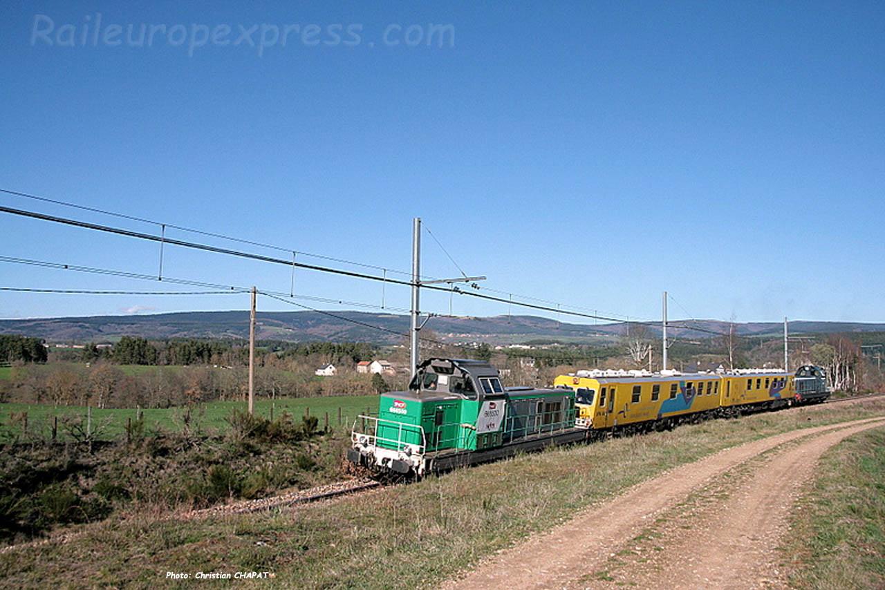 Train UFM à Ruynes en Margeride (F-15)