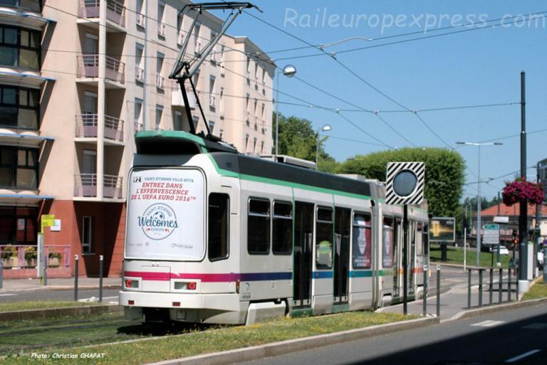 Tramway de Saint Etienne (F-42) pelliculage Euro 2016