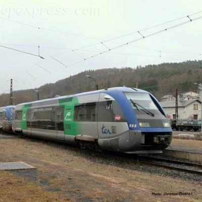 UM d'X 73500 SNCF à Neussargues (F-15)