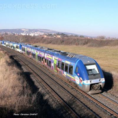 UM d'XGC SNCF vers Le Cendre (F-63)