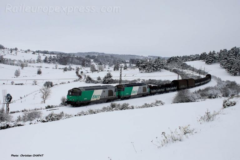UM de BB 67400 SNCF près de Saint Chély d'Apcher (F-48)