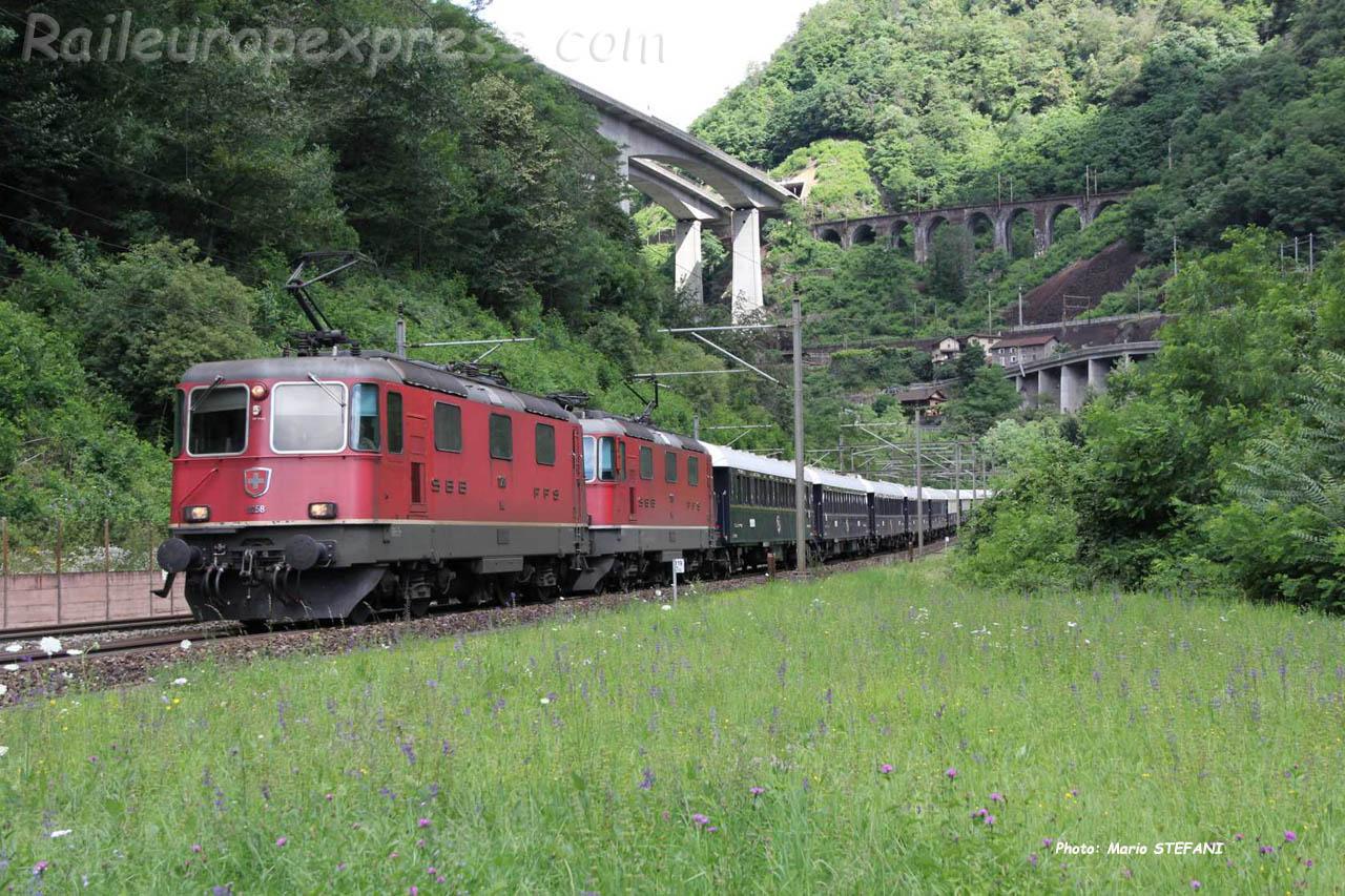 UM de Re 4/4 II CFF à Giornico Parondino (CH)