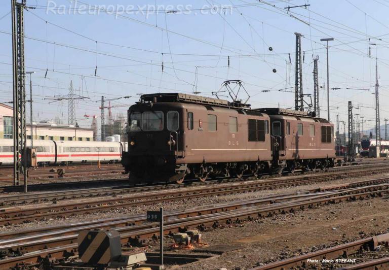 UM Re 4/4 173 et 190 BLS à Basel (CH)