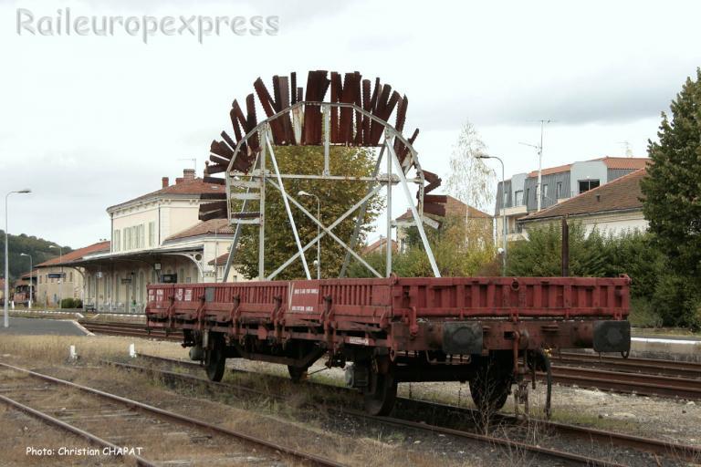 Wagon brise glace SNCF pour les tunnels à Langeac (F-43)