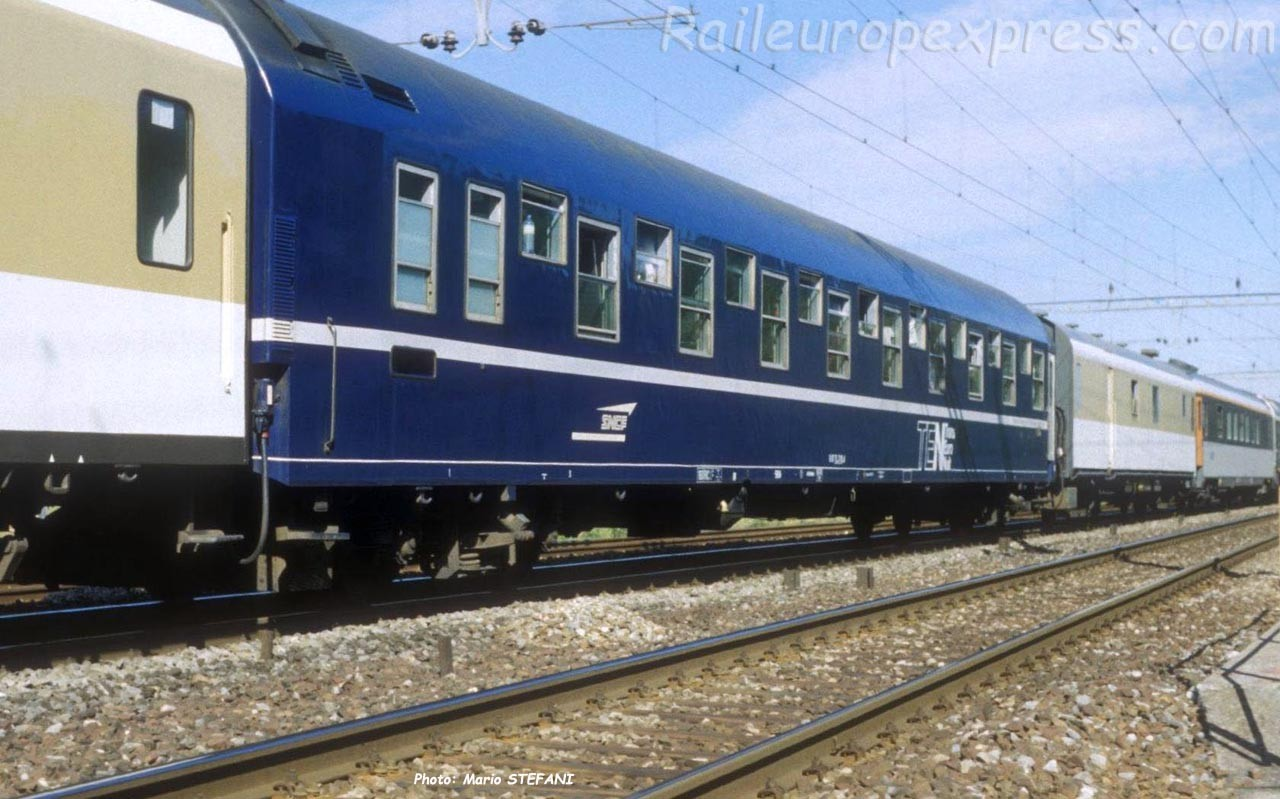 WL T2 SNCF à Onnens (CH)