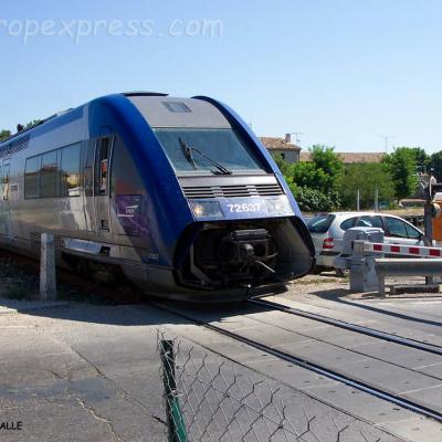 X 72637 SNCF à Aigues Mortes (F-30)