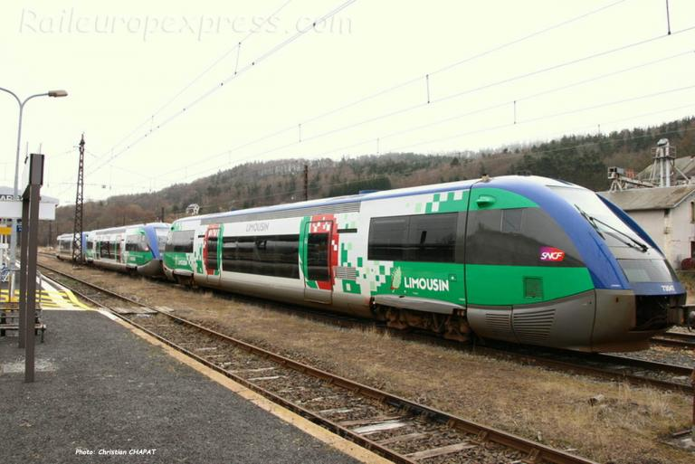 X 73500 SNCF à Neussargues (F-15)