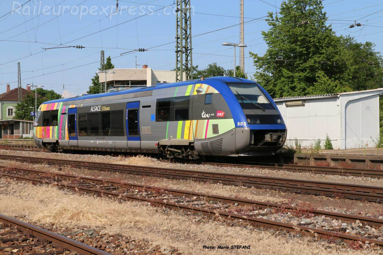 X 73905 SNCF à Müllheim (D)