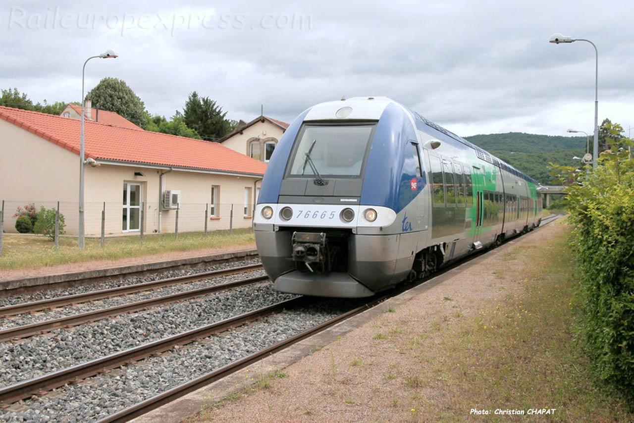 X 76665 SNCF à Brassac les Mines (F-43)
