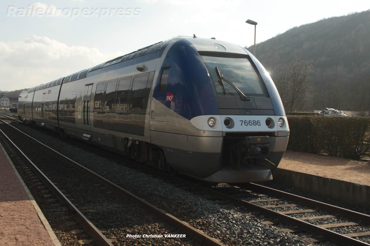 X 76686 SNCF