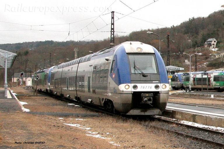 X 76776 SNCF à Neussargues (F-15)