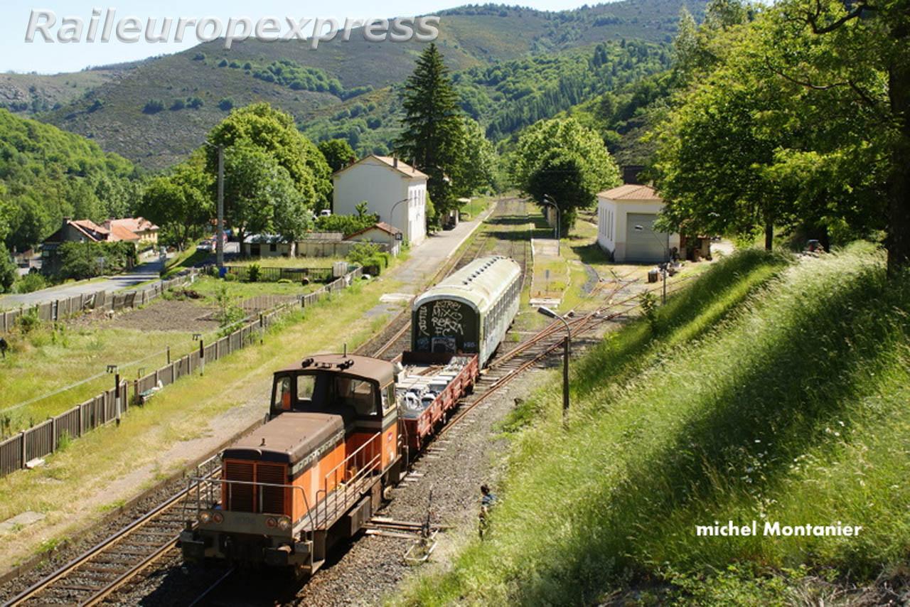 Y8096 et départ du wagon logement à Villefort