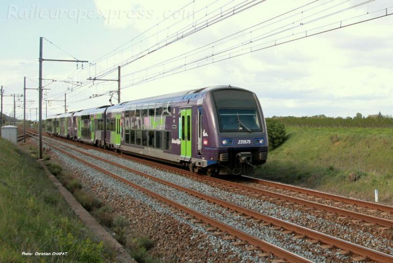 Z 23575 SNCF à Laveyron (F-26)