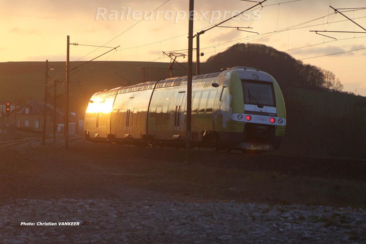Z 27687 à Pont Maugis