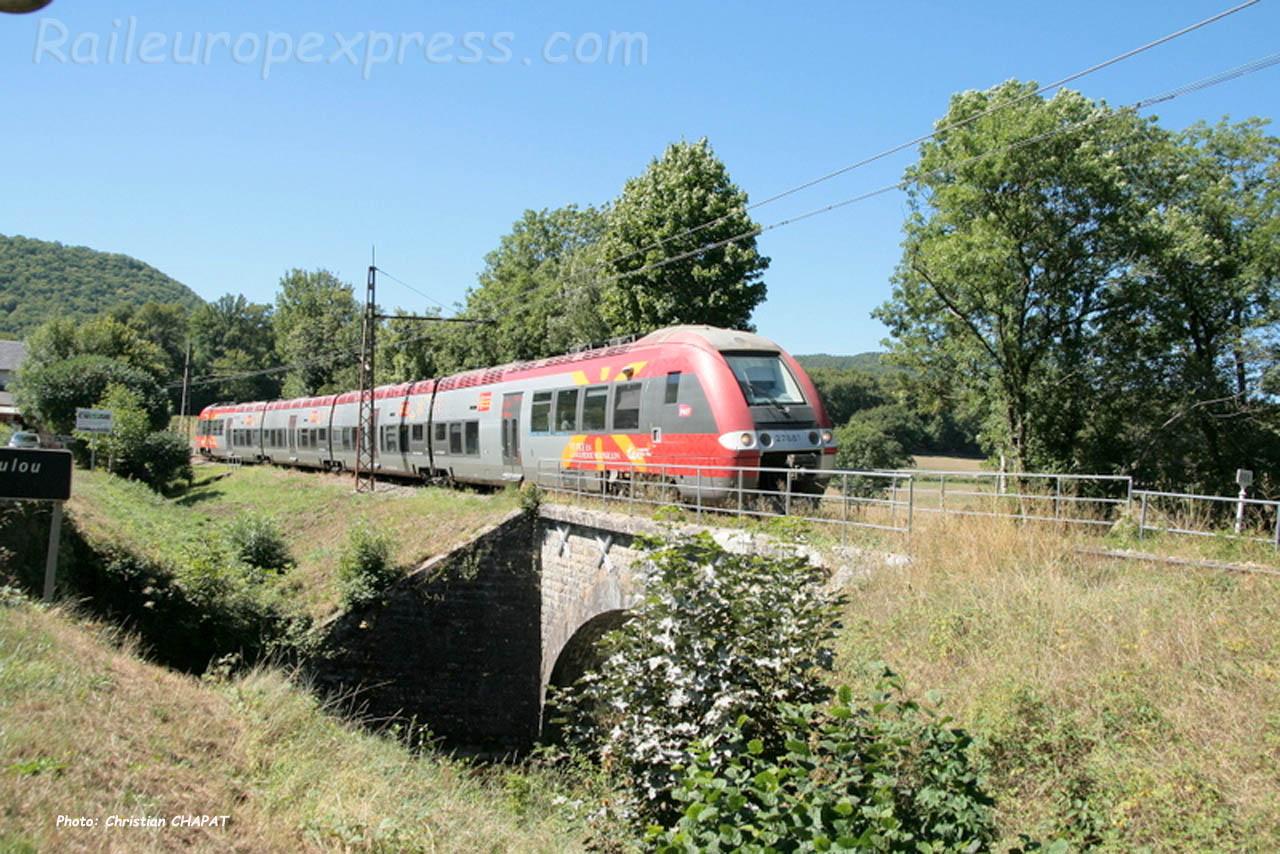 Z 27881 SNCF à Lescure de Banassac (F-48)