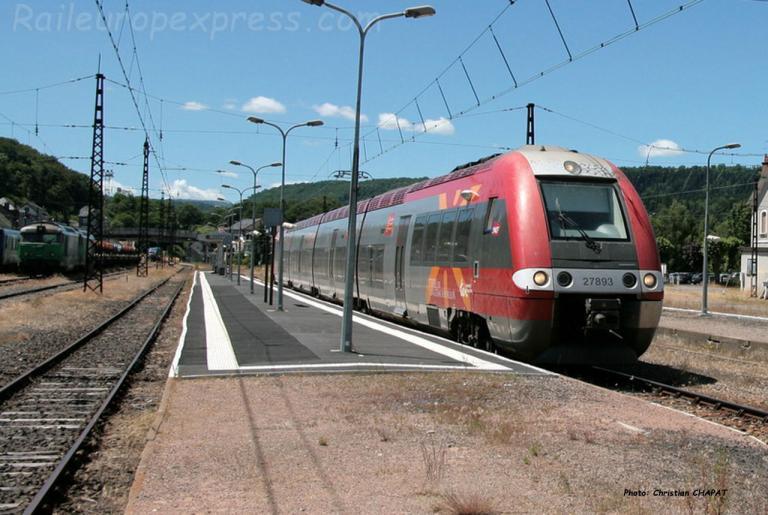 Z 27893 SNCF à Neussargues (F-15)