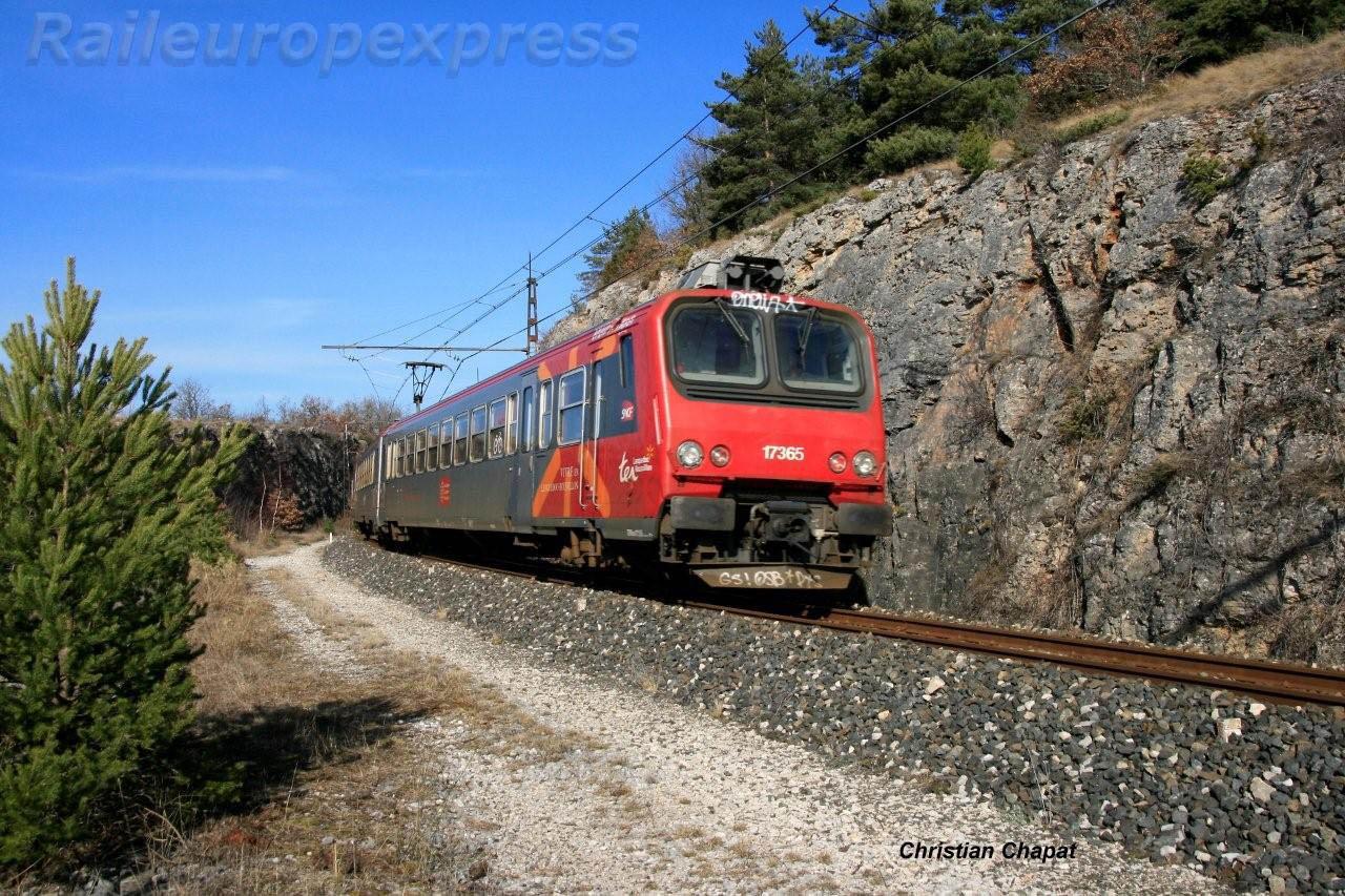 Z 7365 sur la ligne des Causses