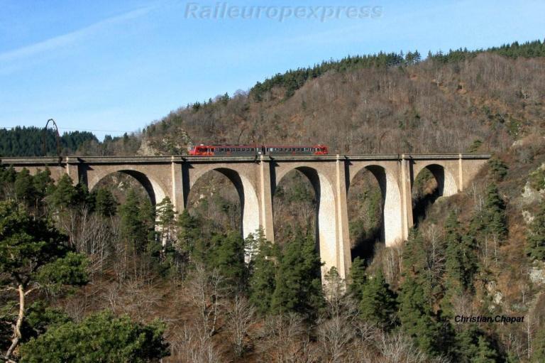 Z 7514 sur le viaduc du Val d'Enfer