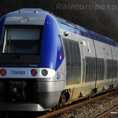 X 76688 SNCF