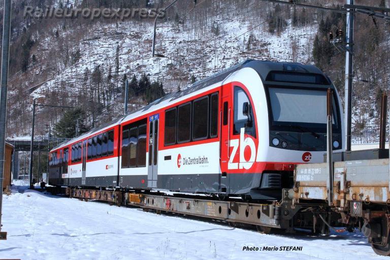 ZB-CFF ABeh 160 001 1 sur porteurs á Interlaken-Ost